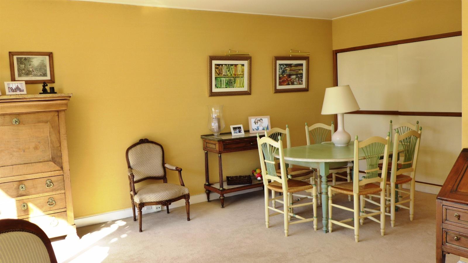 vente m tro marcel sembat 4 pi ces balcon. Black Bedroom Furniture Sets. Home Design Ideas